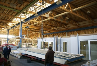Panel production in process at Huber & Sohn (German manufacturer). Source: BRANZ: http://goo.gl/rlwxN7
