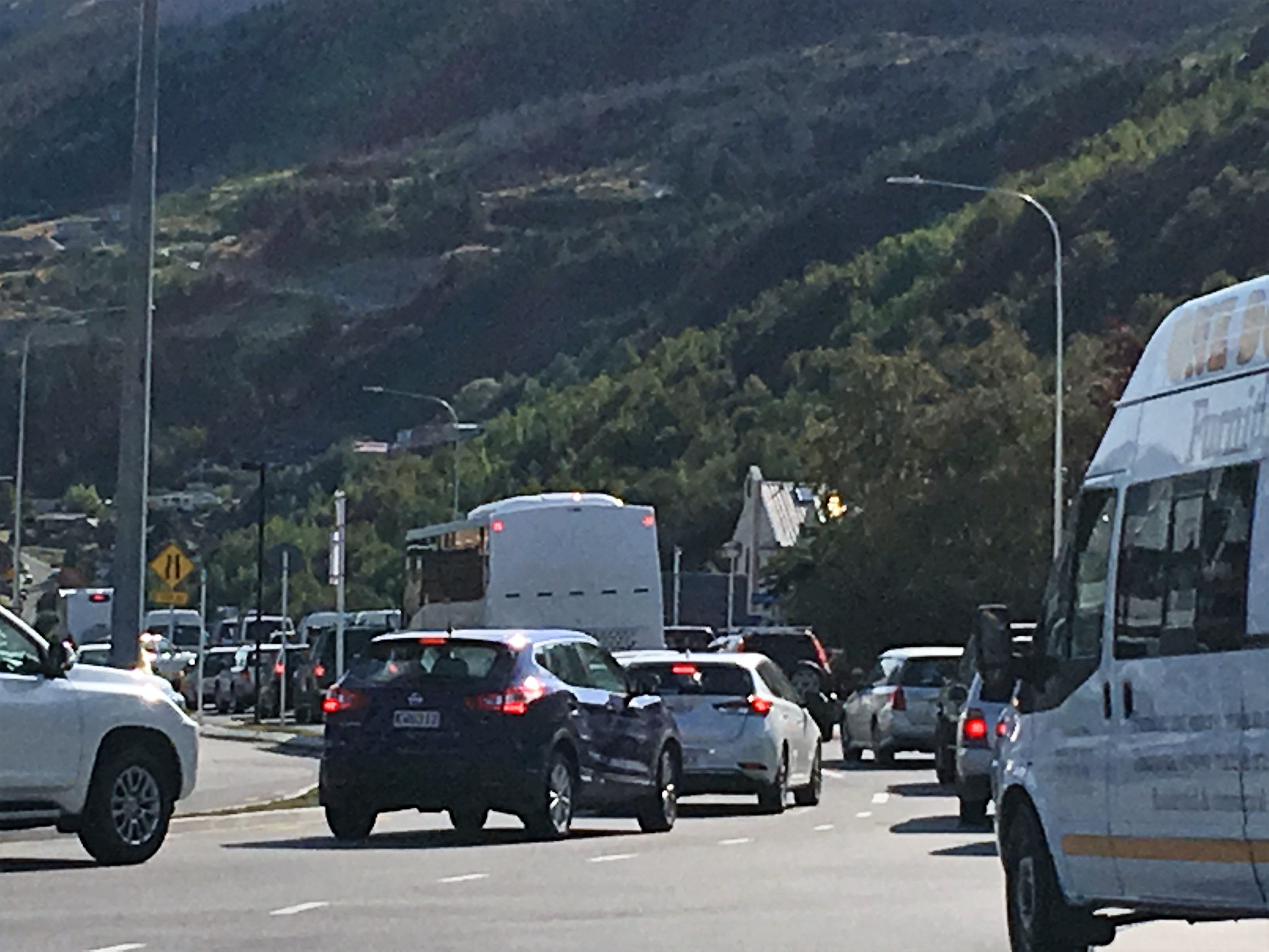 Traffic_at_a_Queenstown_roundabout_by_Alexa_Forbes
